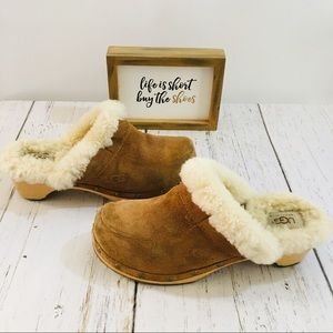 UGG Tan Clogs Size 7